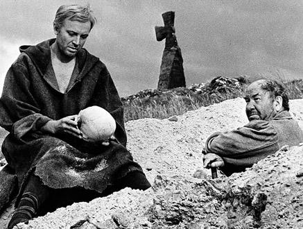 Vaqif  Əlixanli<br/><br/> ŞAH DRAMIN ŞAH DAMARI…<br/>  Şekspir, Hamlet və qəbirqazan haqda düşüncələr…