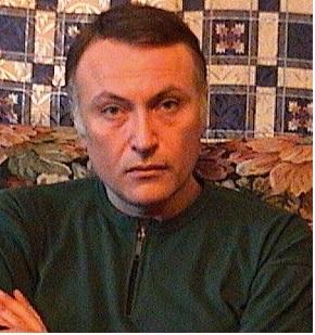 РОВШЭН КАФАРОВ<br/> Ромашки в сырой ветоши<br/> Рассказ